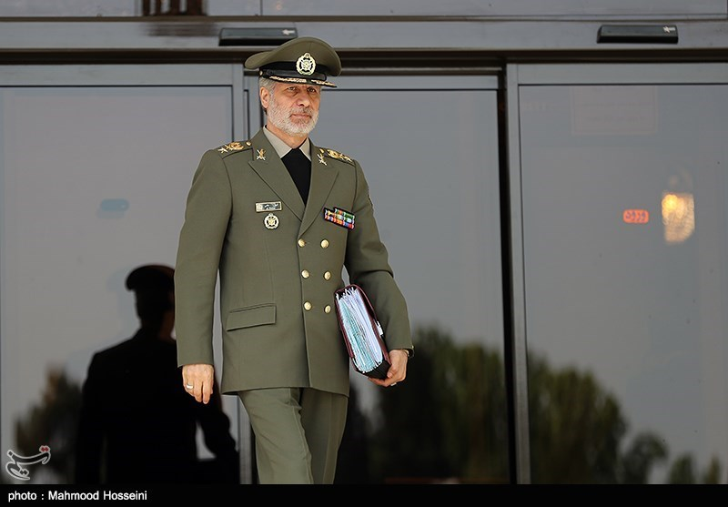 وزیر الدفاع الایرانی یصل بغداد