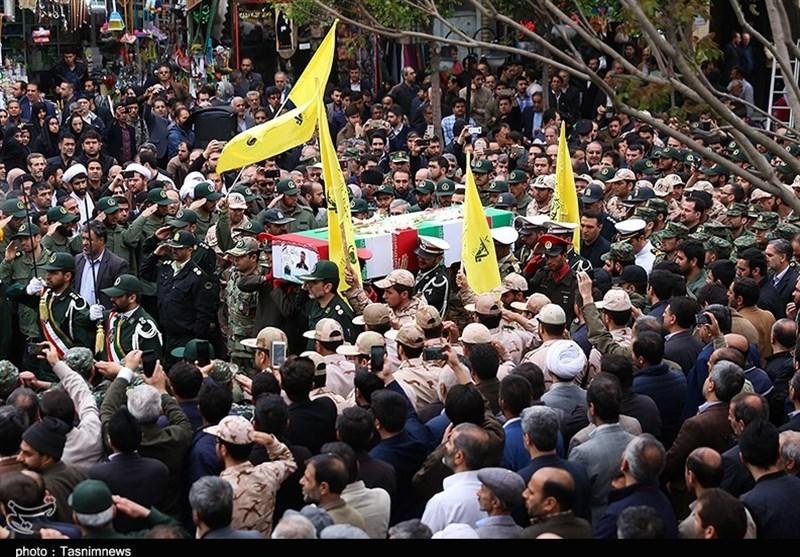 """پیکر سرباز شهید """"حامد محمدی"""" در تبریز تشییع و به خاک سپرده شد"""
