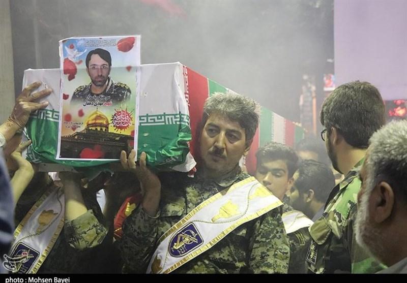 کاشان| پیکر شهید مدافع حرم دهقان در کاشان تشییع شد+گزارش تصویری