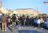 حال و هوای دمشق بعد از تجاوز نظامی آمریکا/ مردم سوریه در حمایت از بشار اسد به خیابانها ریختند+تصاویر