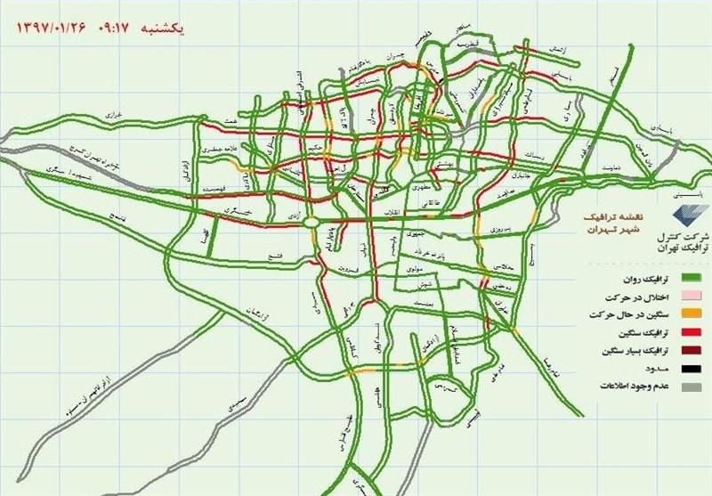 «باران» ترافیک خیابانهای تهران را سنگین کرد