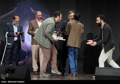 محمدرضا دوست محمدی گرافیست و محمد حسین مهدویان یکی از کاندیداهای چهره سال هنر انقلاب اسلامی در سال 96