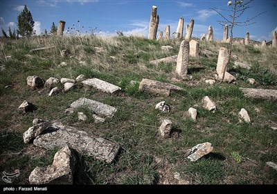 گورستان تاریخی خشکرود - کرمانشاه