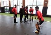 برگزاری تمرین تیم ملی فوتبال در ساختمان پِک