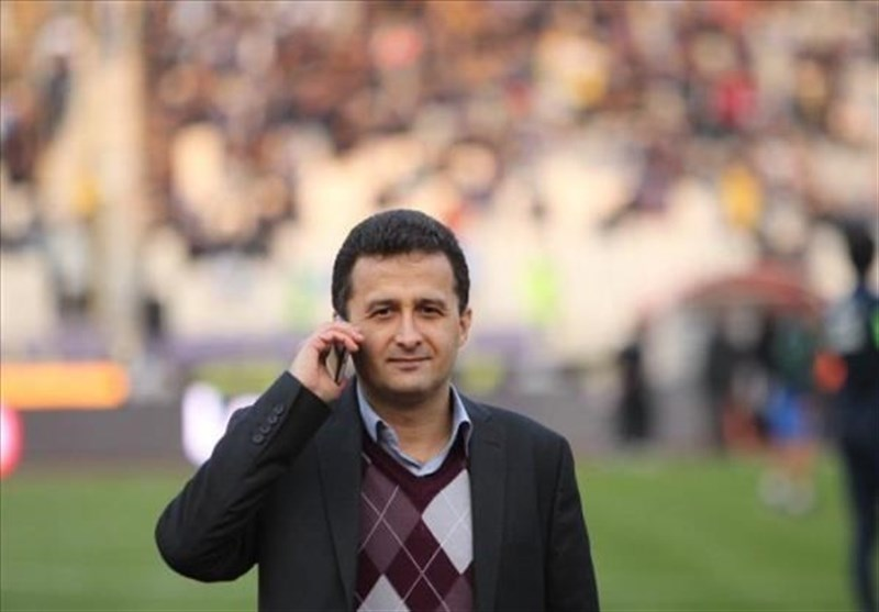 فریبرز محمودزاده: تیمهای دسته اولی 3 تا 4 هفته استراحت میکنند/ قرعهکشی مجدد مسابقات مشکلاتی به دنبال دارد