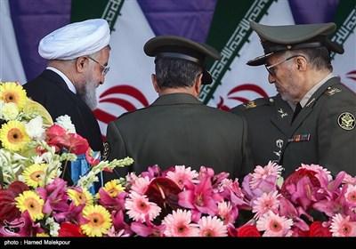 حجتالاسلام حسن روحانی رئیس جمهور در پایان مراسم رژه روز ارتش