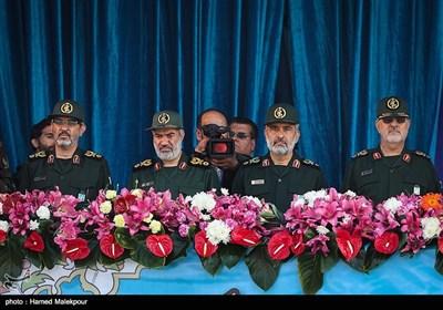 فرماندهان سپاه پاسداران در مراسم رژه روز ارتش