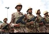 آغاز مراسمات هفته دفاع مقدس با رژه نیروهای مسلح در آذربایجانغربی