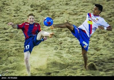 دیدارهای پایانی دومین دوره مسابقات فوتبال ساحلی باشگاههای اورآسیا-یزد