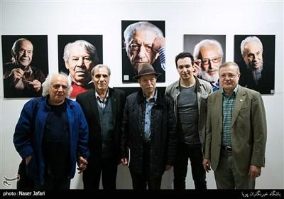 افتتاح نمایشگاه عکس چهرههای نمایش ایران در خانه هنرمندان