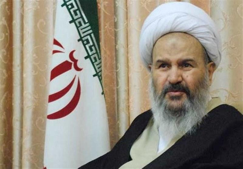 امام جمعه کاشان: شرکت در انتخابات واجب عینی و تکلیف شرعی است