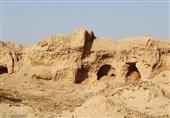 تخریب 8 مورد ساخت و ساز غیرمجاز در اراضی سایت باستانی شهر کهن نیشابور