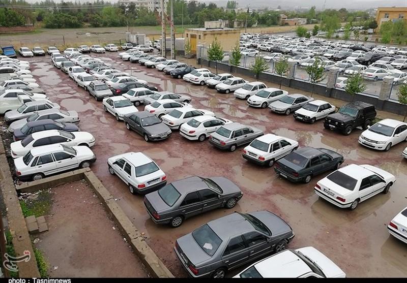 پارکینگهای خارج از محدوده مرکز شهر قزوین به گردشگران نوروزی خدمترسانی میکنند