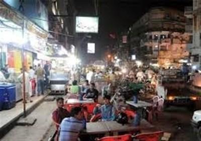 کراچی کی سڑکوں پر تاجروں اور سرمایہ داروں کا قبضہ، شہری سخت پریشان