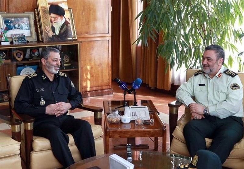 فرمانده نیروی انتظامی و فرمانده کل ارتش دیدار و گفتوگو کردند