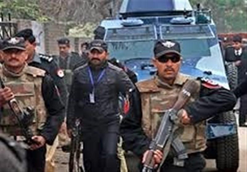 کراچی: شخصیات کی سیکیورٹی پر تعینات 500 پولیس اہلکار گاڑیوں سمیت واپس