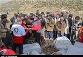 5 اکیپ هلال احمر به غار یخی چما در شهرستان کوهرنگ اعزام شدند