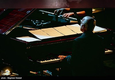 کنسرت لودویکو ایناودی