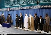 الامام الخامنئی یستقبل المشارکین فی المسابقات الدّولیة للقرآن الکریم
