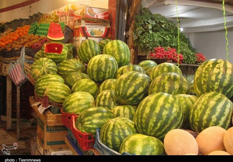 حجم بالای تخلف در بازار میوه و تره بار/ یک میوه 6 بار دست به دست می شود