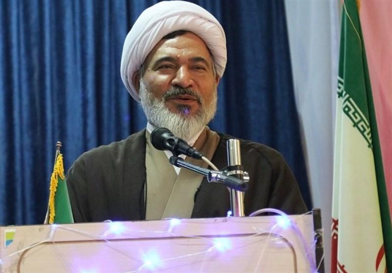 مدیر حوزههای علمیه خواهران در کرمان: حوزه نباید باشگاه هیچ جریان سیاسی شود