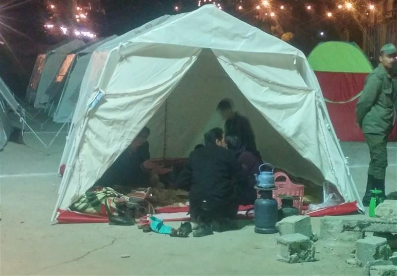 یاسوج دهیاران بویراحمد در اعتراض به بیتوجهی هلال احمر به مناطق زلزله زده تجمع کردند