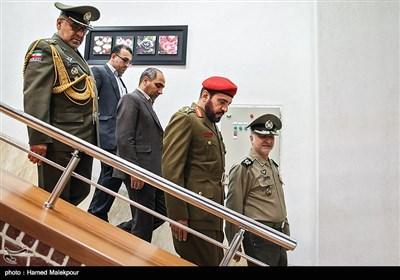 ورود سرتیپ راشد بنسعید البلوشی معاون رئیس ستاد نیروهای مسلح عمان به محل برگزاری چهاردهمین کمیسیون مشترک نظامی ایران و عمان