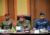 وفد عسکری عمانی یزور الجامعة العلیا للدفاع الوطنی