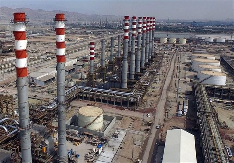 ایران تنضم الى نادی مصدری البنزین فی العالم