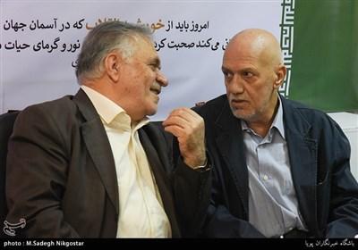 عزت مطهری(شاهی) و سیدمهدی طالقانی در مراسم رونمایی از نشان چهلمین سال پیروزی انقلاب