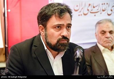 مسعود شجاعی طباطبایی دبیر مسابقه پوستر، کارتون و کاریکاتور پایان یک داعش