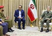 تأکید وزیر دفاع بر تقویت همکاریهای نظامی و دفاعی بین ایران و عمان