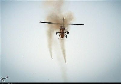 """ایران کا کوبرا ہیلی کاپٹر سے """"شفق"""" نامی میزائل کا کامیاب تجربہ"""