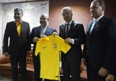 سلطانیفر: از وزیر ورزش برزیل برای سفر به ایران دعوت میکنم/ آمادگی برگزاری اردوی مشترک در فوتسال و والیبال را داریم