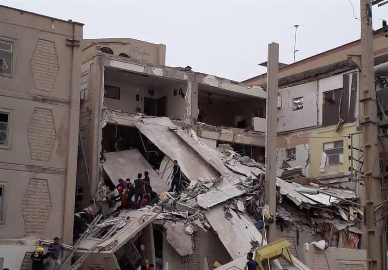 اهواز| یک مجتمع 4 طبقه در اهواز به علت نشت گاز منفجر شد