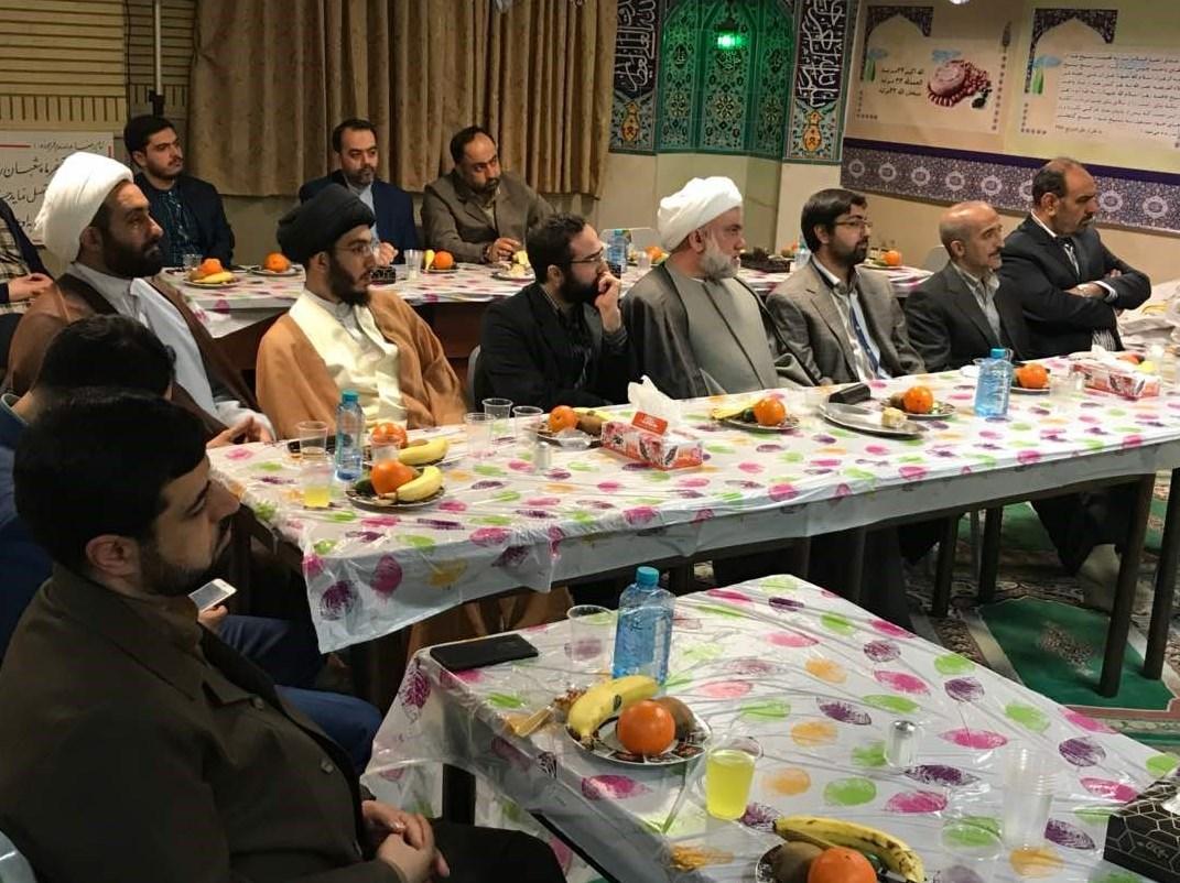 مقدم فر در جمع مدیران مدارس معارف اسلامی -4