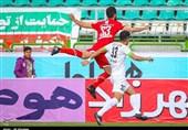ستاری: موضوع مصدوم کردن بازیکنان استقلال خندهدار است/ هوادارانشان از خجالت ما درآمدند!
