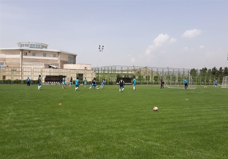 تمرین تیم فوتبال المپیک دستورات تاکتیکی کرانچار و تأکید به فوتبال تک ضرب + تصاویر