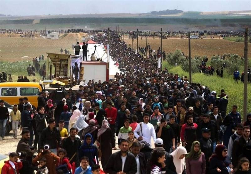 الفلسطینیون یتمکنون من العبور إلى أراضیهم المحتلة