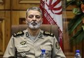 اراک| سرلشکر موسوی: ارتش در بهرهگیری از تجهیزات آموزشی جدید در حوزه دفاع و رزم اهتمام جدی دارد