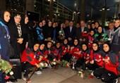 تیم ملی فوتسال بانوان پس از قهرمانی در آسیا وارد تهران شد