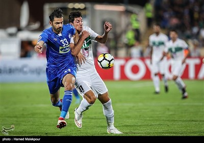 دیدار تیمهای فوتبال استقلال تهران و ذوب آهن اصفهان - لیگ قهرمانان آسیا