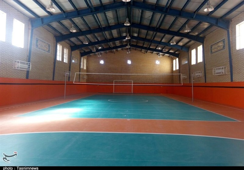 کنگره 6500 شهید استان کرمان| اماکن ورزشی 50 نقطه محروم استان کرمان تجهیز میشود