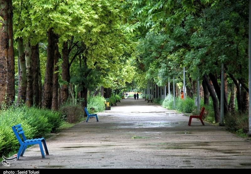 اصفهان| فعالیت سامانه ناپایدار بارشی همچنان در اصفهان ادامه دارد؛ احتمال رگبار و رعد و برق در برخی مناطق