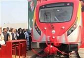 آغاز به کار نخستین خط قطار شهری پاکستان در شهر لاهور +تصاویر