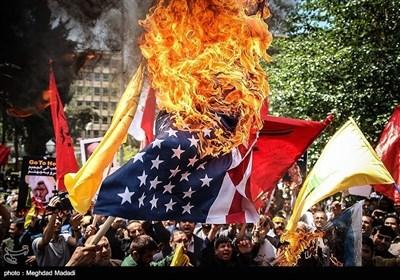 فلسطینیوں کی حمایت میں ایرانی عوام سڑکوں پر