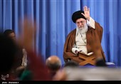 Leader Grants Clemency to Large Number of Iranian Inmates for Revolution Anniversary