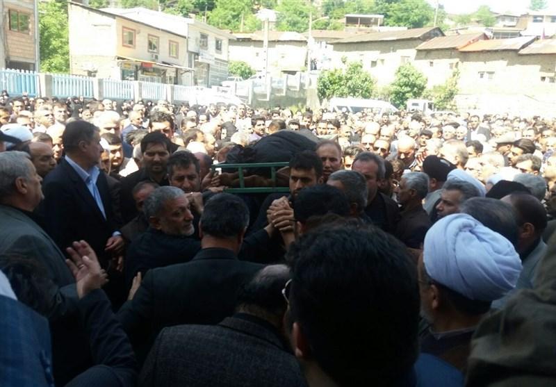 مازندران| وداع پرشور مردم روزهدار سوادکوه با قاضی علیزاده + تصاویر