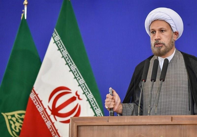 خطیب جمعه شیراز: مشکلات دسترسی به حرم مطهر شاهچراغ(ع) برطرف شود