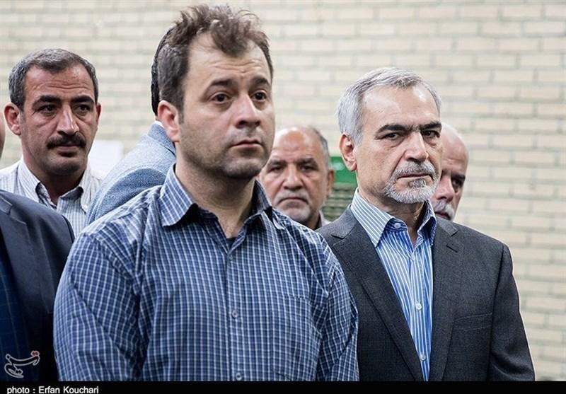 """حضور دوباره """"حسین فریدون"""" در انظار عمومی پس از 300 روز غیبت + عکس"""